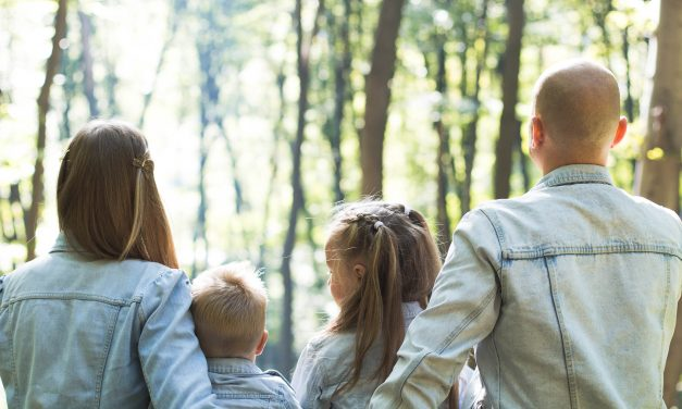 """5 Ways to Bring """"Hygge"""" into Parenting"""